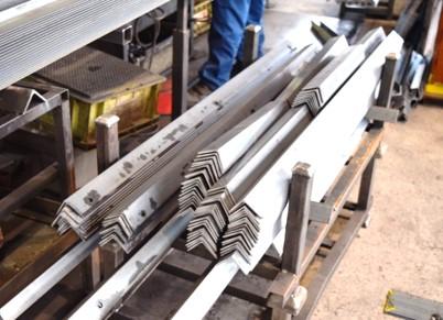 各種型鋼の溶接にも対応