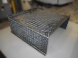 縞鋼板(チェッカープレート)製ステップ